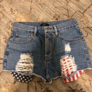 Forever 21 high waisted jean shorts size 27